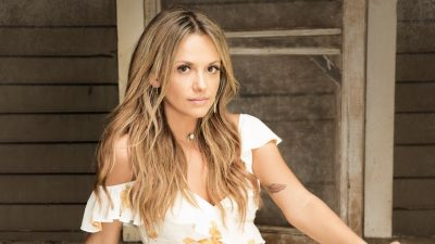 Carly Pearce on Country Music News Blog